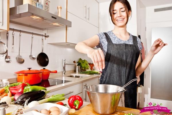 Massel Stock Powder Vegetable 168g là sự lựa chọn tuyệt vời để nêm nếm các món ăn trong nhà bếp, đặc biệt là món rau